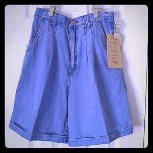 BILL BLASS 1980's Pleaded Denim Short's Size 10